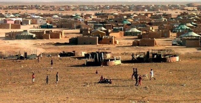 أعلام المغرب ترفرف بمخيمات تندوف وقيادة