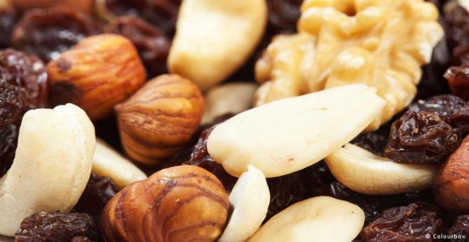 المكسرات..علاج رخيص لأمراض القلب والبنكرياس