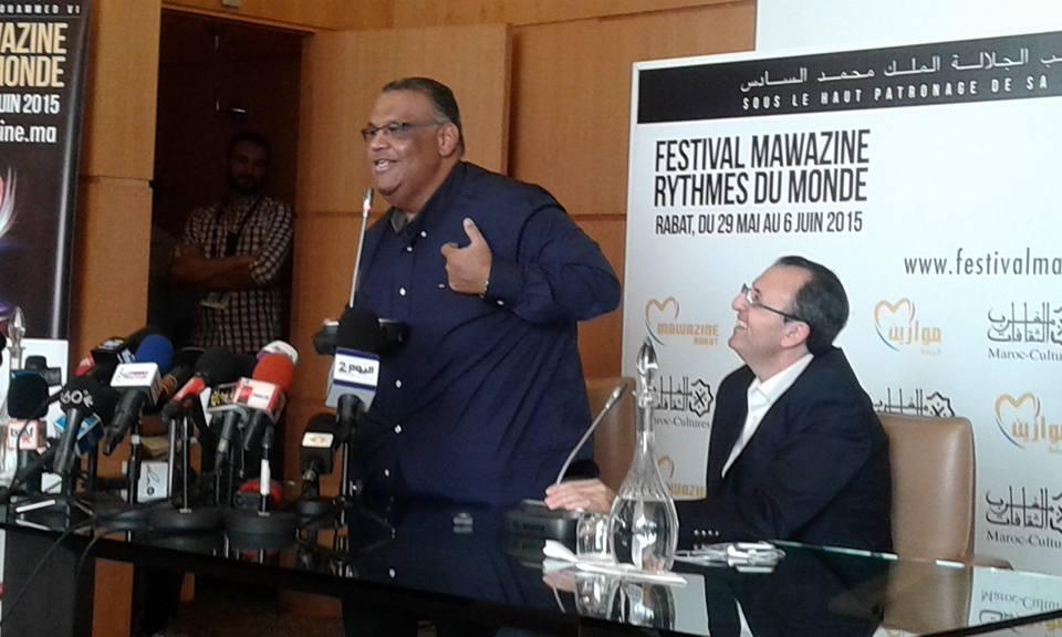 نبيل شعيل: سأغني حبّا للمغاربة رغم خروجي من عملية جراحية