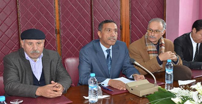 اللعبة الخطرة للنظام الجزائري: التوريث على الطريقة