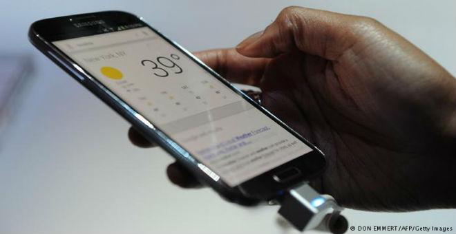 كيف تختار بين هاتف آي فون وغالاكسي؟