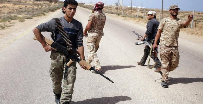 مصر وتونس والجزائر في اجتماع عسكري حول ليبيا