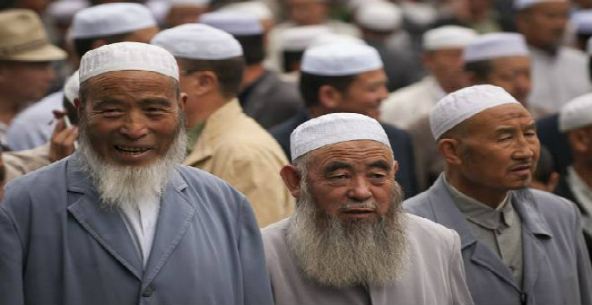 تاريخ الإيغور مع الصين