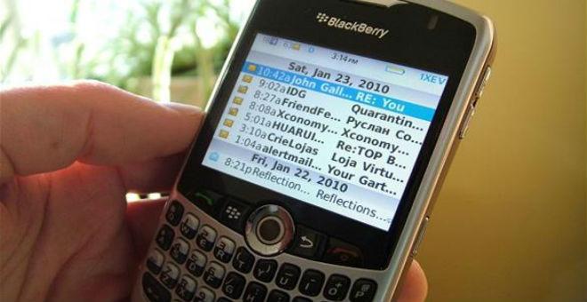 بلاك بيري تطور هاتفا ذكيا للمستشفيات