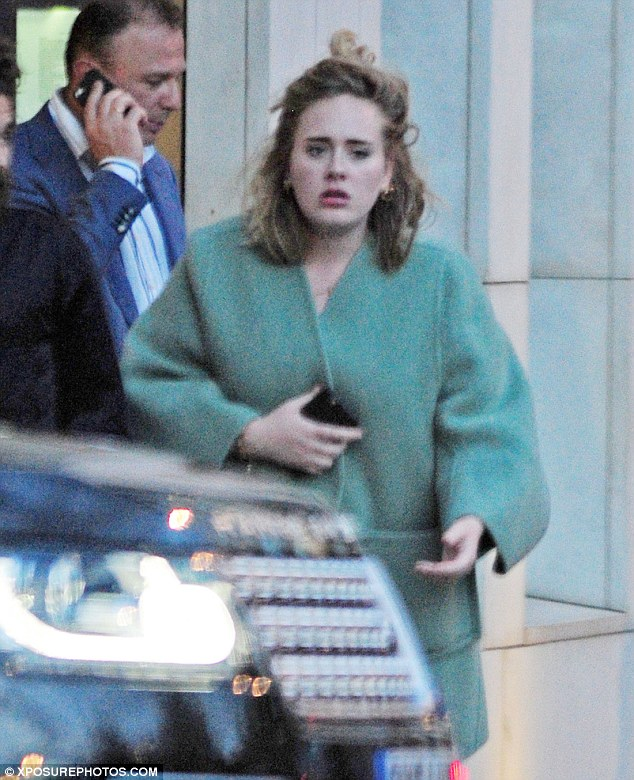 29F72F4700000578-3139386-Laid_back_and_low_key_Adele_made_a_rare_appearance_as_she_steppe-m-31_1435258467177