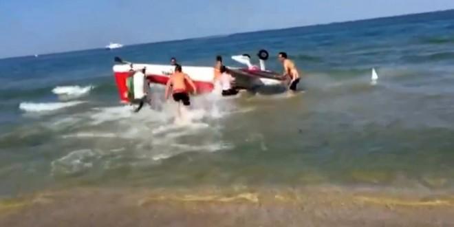بالفيديو…اصطدام طائرتين بعرض جوي بإيطاليا