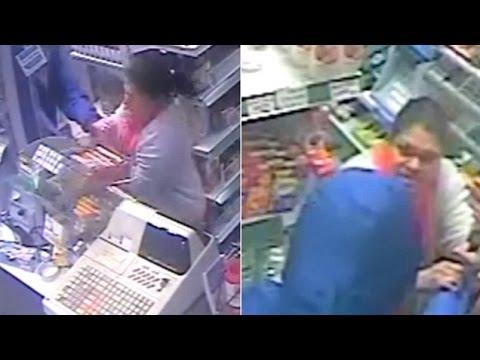 فيديو...سيدة تتغلب على لص بركله خارج المتجر