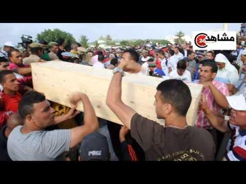 بالفيديو: دموع تشييع جنازة الأطفال الغرقى في غياب حكومة بنكيران