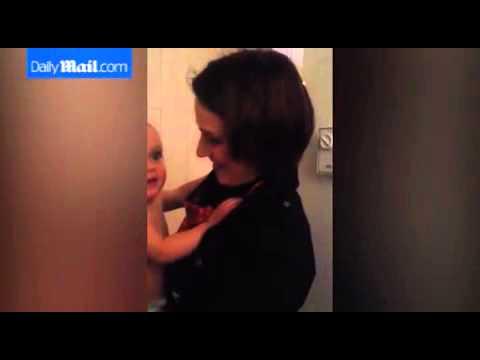 فيديو...ردة فعل طفل يشاهد أمه لأول مرة