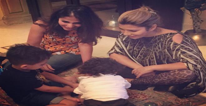 منى زكي و أحمد حلمي في بيت أصالة