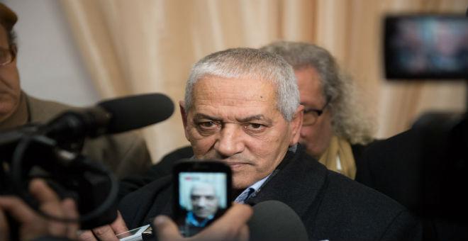 تونس: حسين العباسي يطالب الحكومة باحترام