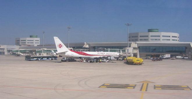الجزائر تشدد المراقبة على الرحلات الجوية من وإلى تونس وليبيا