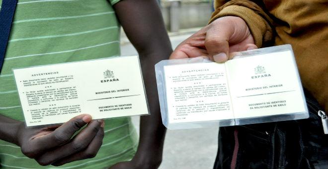 أكثر من 300 جزائري طلبوا اللجوء بإسبانيا