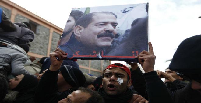 تونس: بدء محاكمة المتهمين باغتيال شكري بلعيد