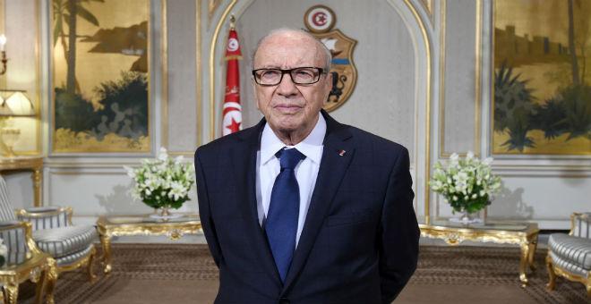 السبسي يترأس احتفالات تونس بالذكرى الخامسة للثورة