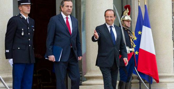 الرئيس الفرنسي: لا متسع أمام اليونان للبقاء في منطقة اليورو