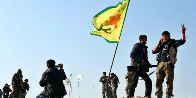 """مقاتلون من """"وحدات حماية الشعب الكردية"""""""