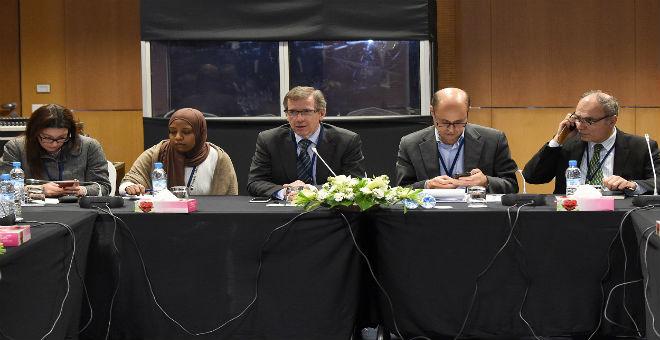 الأمم المتحدة  تبدأ في محاورة الجماعات المسلحة في ليبيا