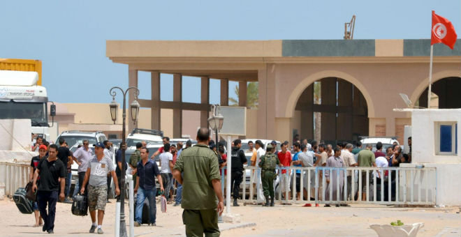 تونس تبني جدارا عازلا على طول الحدود مع ليبيا
