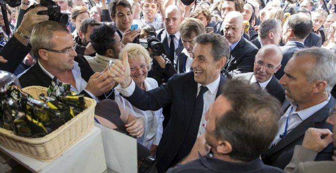 فرنسا: الاشتراكيون يتهمون الجمهوريين بمعاداة الإسلام