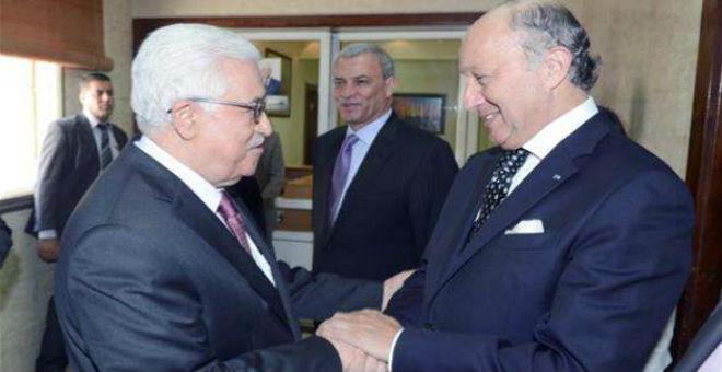 عباس يرحب بمقترح  فرنسا حول مفاوضات السلام