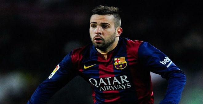 الاسباني جوردي ألبا يمدد عقده مع برشلونة