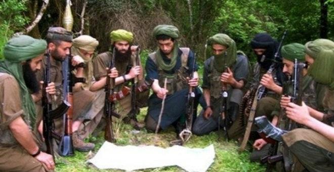 القاعدة تتبنى قتل عقيد في الجيش الجزائري
