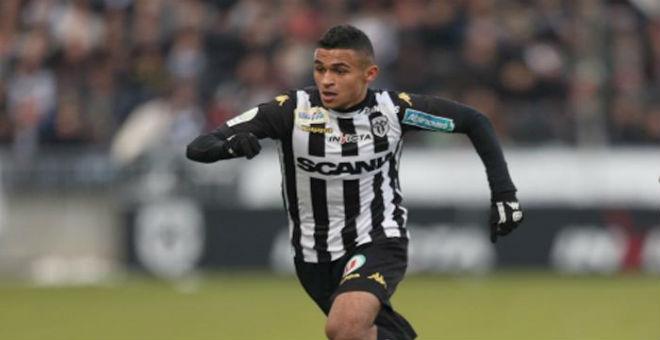 الاصابة تبعد بوفال عن مباراة الأسود أمام ليبيا