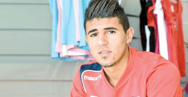 فضيحة أخلاقية تلاحق اللاعب الجزائري بونجاح