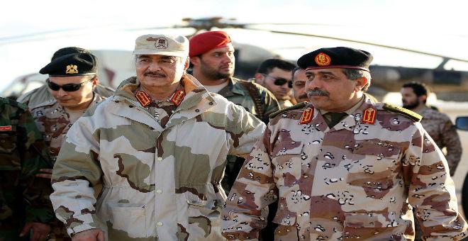 قوات حفتر ببنغازي تعاني نقصا في الذخيرة