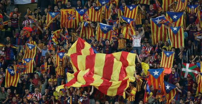 السلطات الاسبانية تعتقل بعض جماهير برشلونة