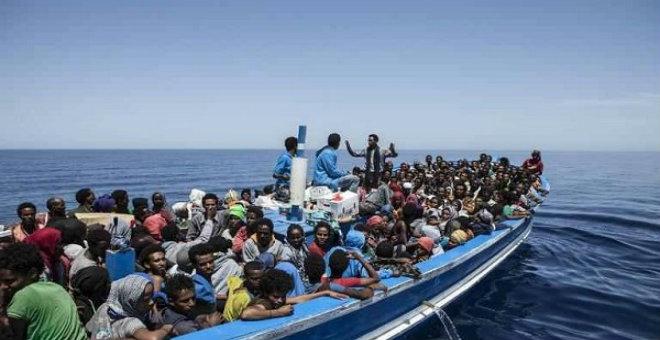 اليونان: إنقاذ 4000 مهاجر غير شرعي من بحر إيجه