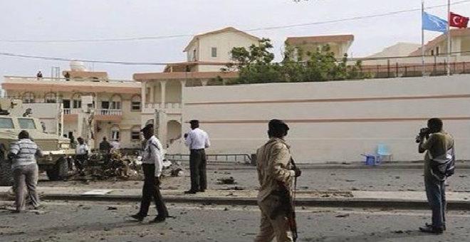 سفير الإمارات ينجو من عملية اغتيال في مقديشو