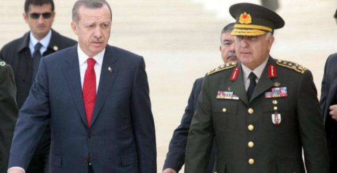 الجيش التركي يدخل خط المعركة على حدوده مع سوريا