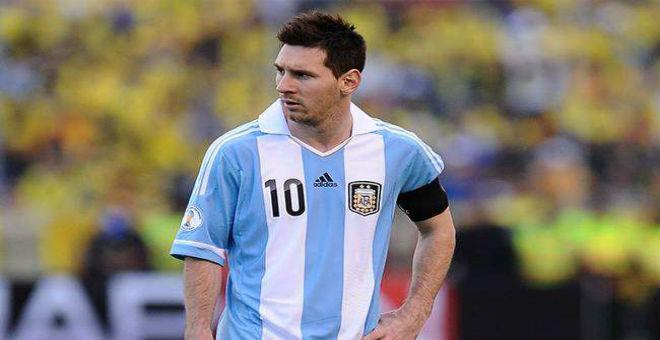 الأرجنتين تفوز على كولومبيا بركلات الترجيح