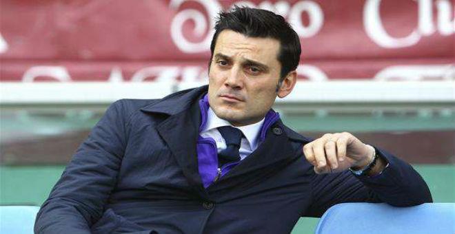 فريق فيورنتينا الايطالي يقيل المدرب مونتيلا