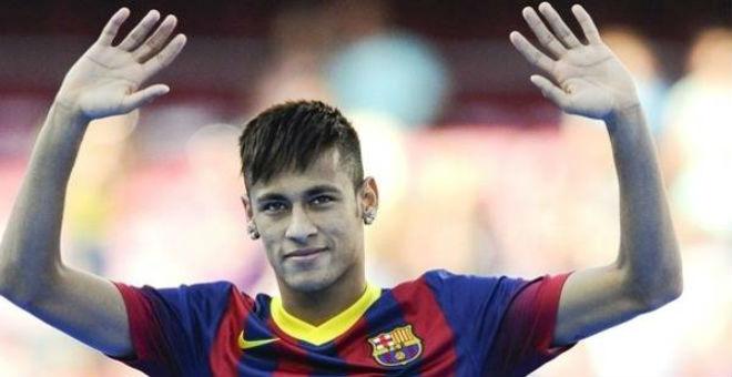 نيمار سعيد بلقب دوري الأبطال مع برشلونة
