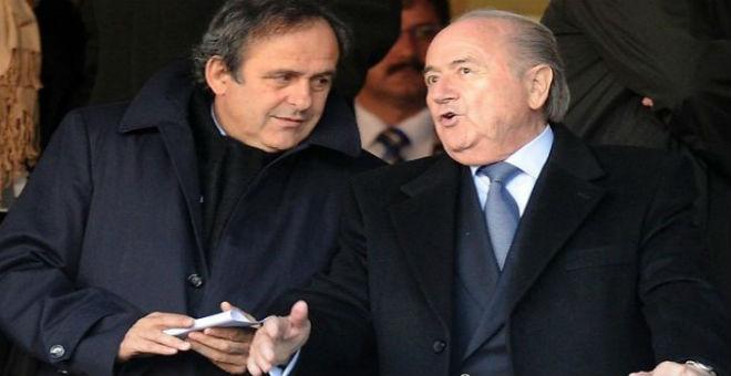 لجنة القيم بالفيفا توقف بلاتر وبلاتيني ثلاثة أشهر