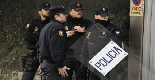 إسبانية ترتكب 67 جريمة في ستة أشهر