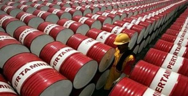 استطلاع لمحللين يفيد هبوط مخزون النفط في أمريكا