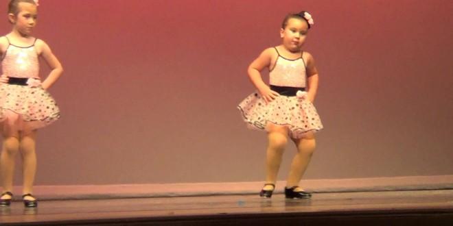 """طفلة ترقص على أغنية """"Respect""""و تحصد 7 ملايين متابع"""