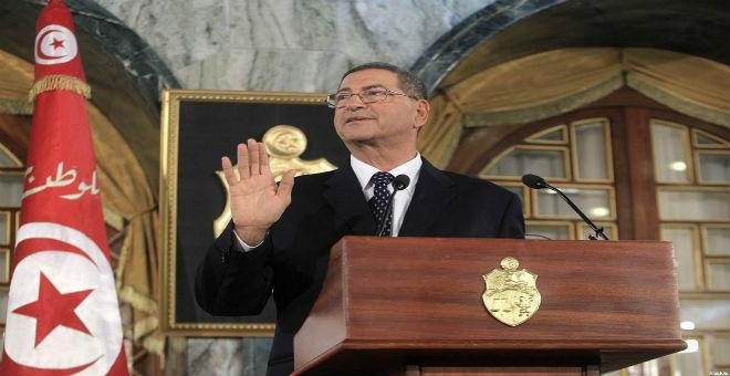تونس: شد الحبل بين السلطة والصحافة بسبب