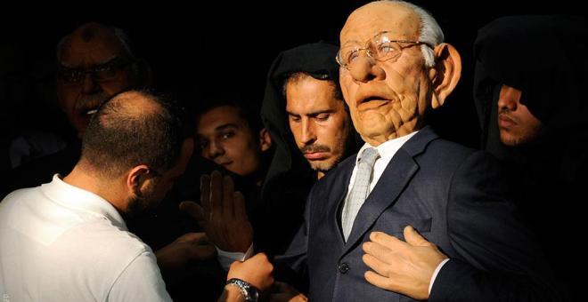 الصحف الإلكترونية الساخرة في تونس.. سلاح الشباب في مواجهة السياسيين
