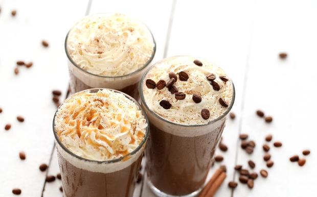 أفضل طريقة لتحضير القهوة المثلجة في المنزل