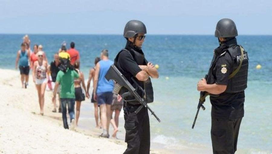 المغرب يلغي جميع رحلات الشباب نحو تونس
