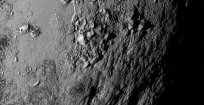 هل يمكن أن يحتوي كوكب بلوتو على حياة؟