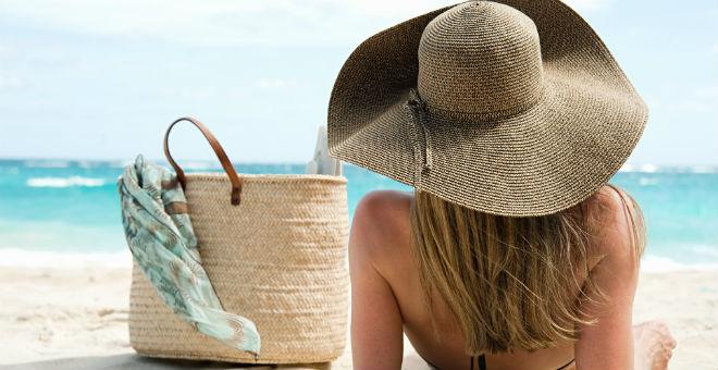 الحقائب الشاطئية.. لإطلالة بروح الصيف