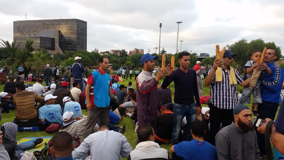عمّال و متقاعدو SMESI يحتجون أمام إدارة الفوسفاط في الدار البيضاء