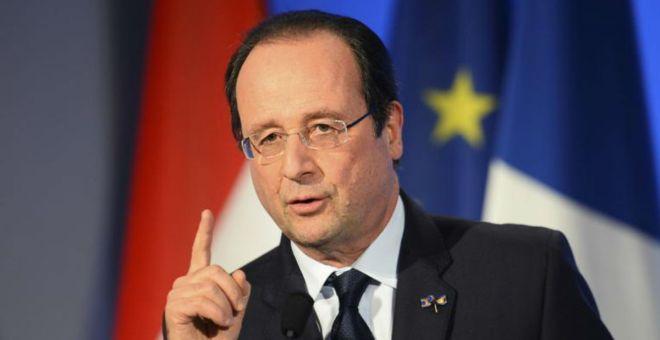 هولاند يقرر إغلاق الحدود ويعلن حالة الطوارئ في فرنسا