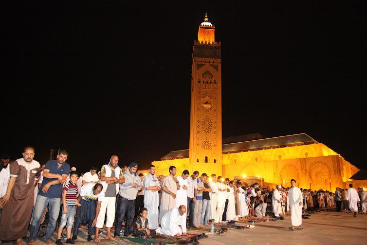 عاجل:33 حالة إغماء في صفوف مصلّيات في مسجد الحسن الثاني